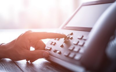 Why is VoIP Better for Businesses Than Traditional Phone Services?